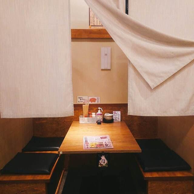 小倉の居酒屋【元祖やきとん酒場 小倉店】の半個室